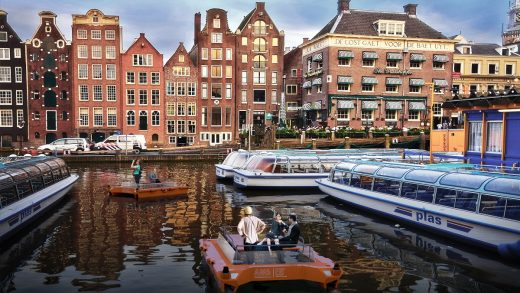 Amsterdam gets world's first fleet of autonomous boats